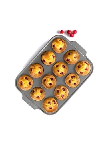 KitchenAid KitchenAid 35 x 26 cm 12`li Muffin Kalıbı Renksiz
